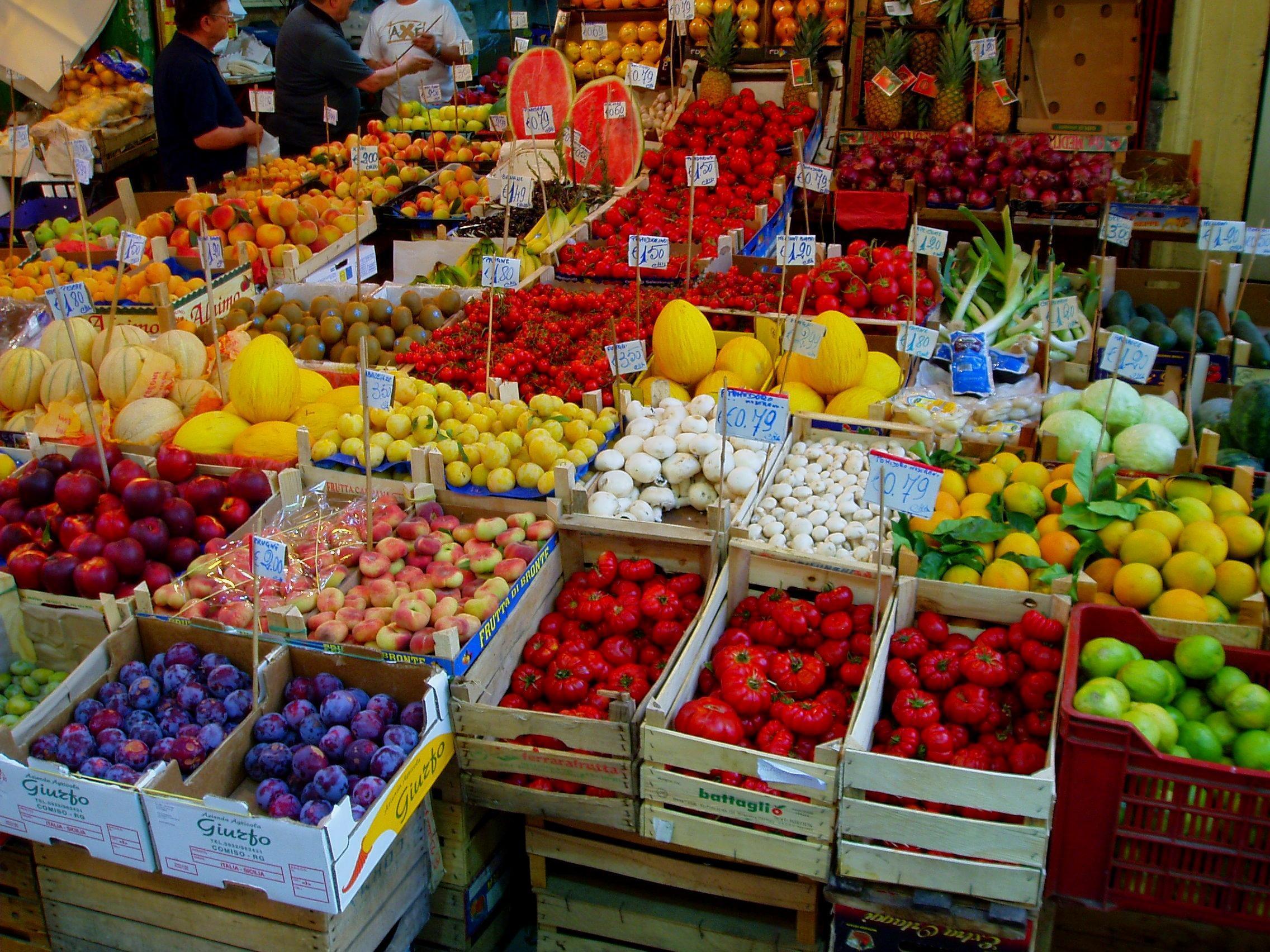Spostamento provvisorio del  mercato del martedì e del mercato contadino del sabato.